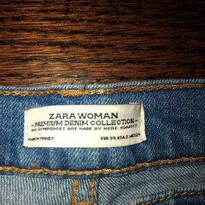 Zara Jeans - Zara low rise ripped boyfriend jeans